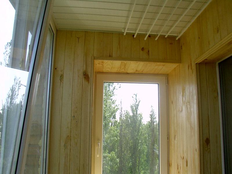 Отделка балконов и лоджий вагонкой,пвх панелями - фотоальбом.